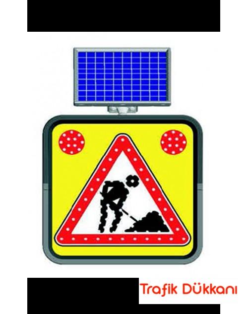 YOLDA ÇALIŞMA - SOLAR LED`Lİ YOL BAKIM LEVHASI(60x60cm)